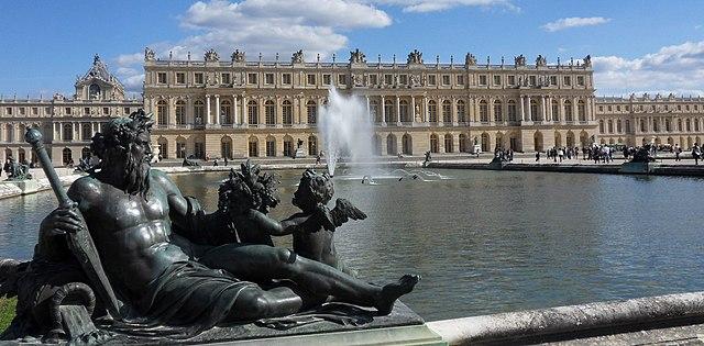 640px versailles chateau jardins02  cropped